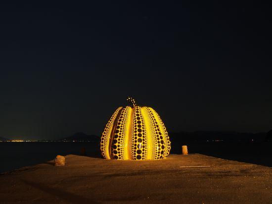 【3/5】名物・赤いかぼちゃと大人気の銭湯・Iラブ湯@香川県直島
