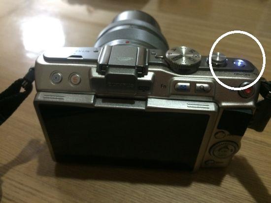【困】オリンパス・ペン PEN/E-PL5の液晶が映らない→修理へ