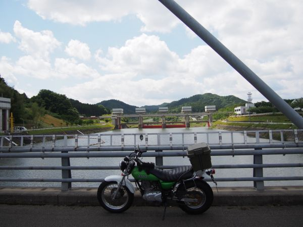 バンバンと川代ダム
