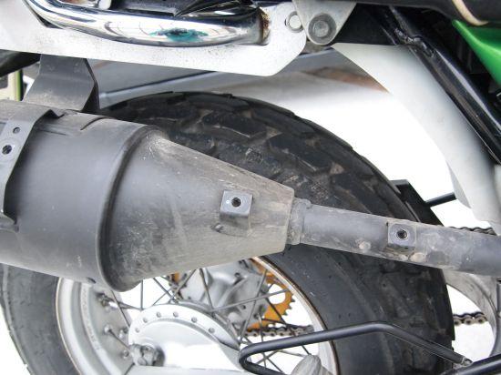割れた純正ウィンカーの交換・エキパイ塗装など【バンバン200】