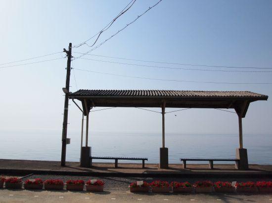 海の側にある素敵なJRの駅・下灘駅に行ってみた@愛媛県双美町