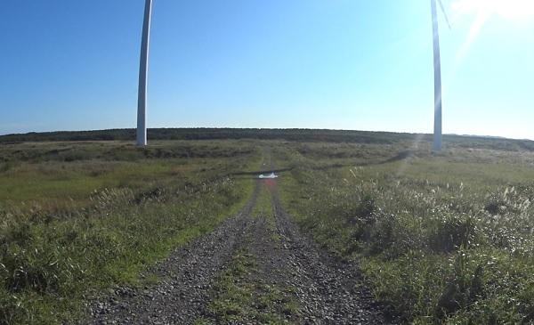 風車の近くまでダート