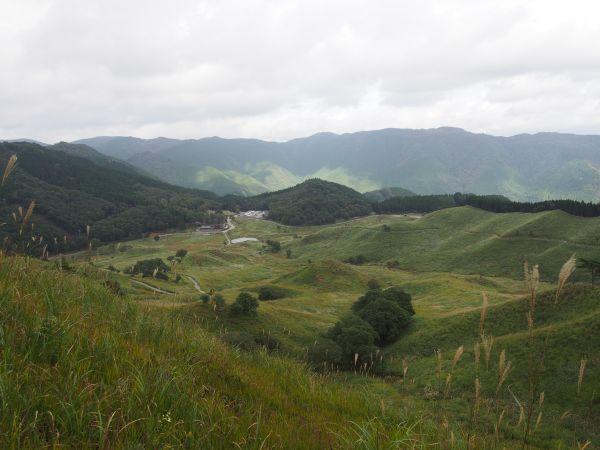 砥峰高原をウォーキング
