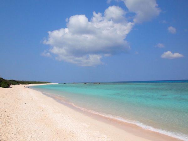 日本屈指の美しいビーチ・ニシ浜がある日本最南端の島・波照間島【沖縄】