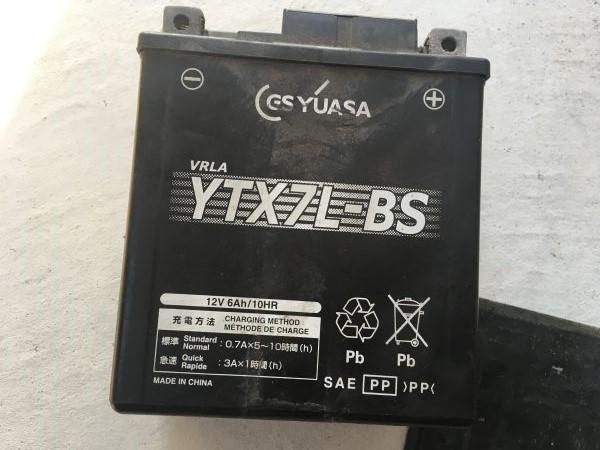 10年経ったバッテリーとジャンプスターターの話【バンバン200】